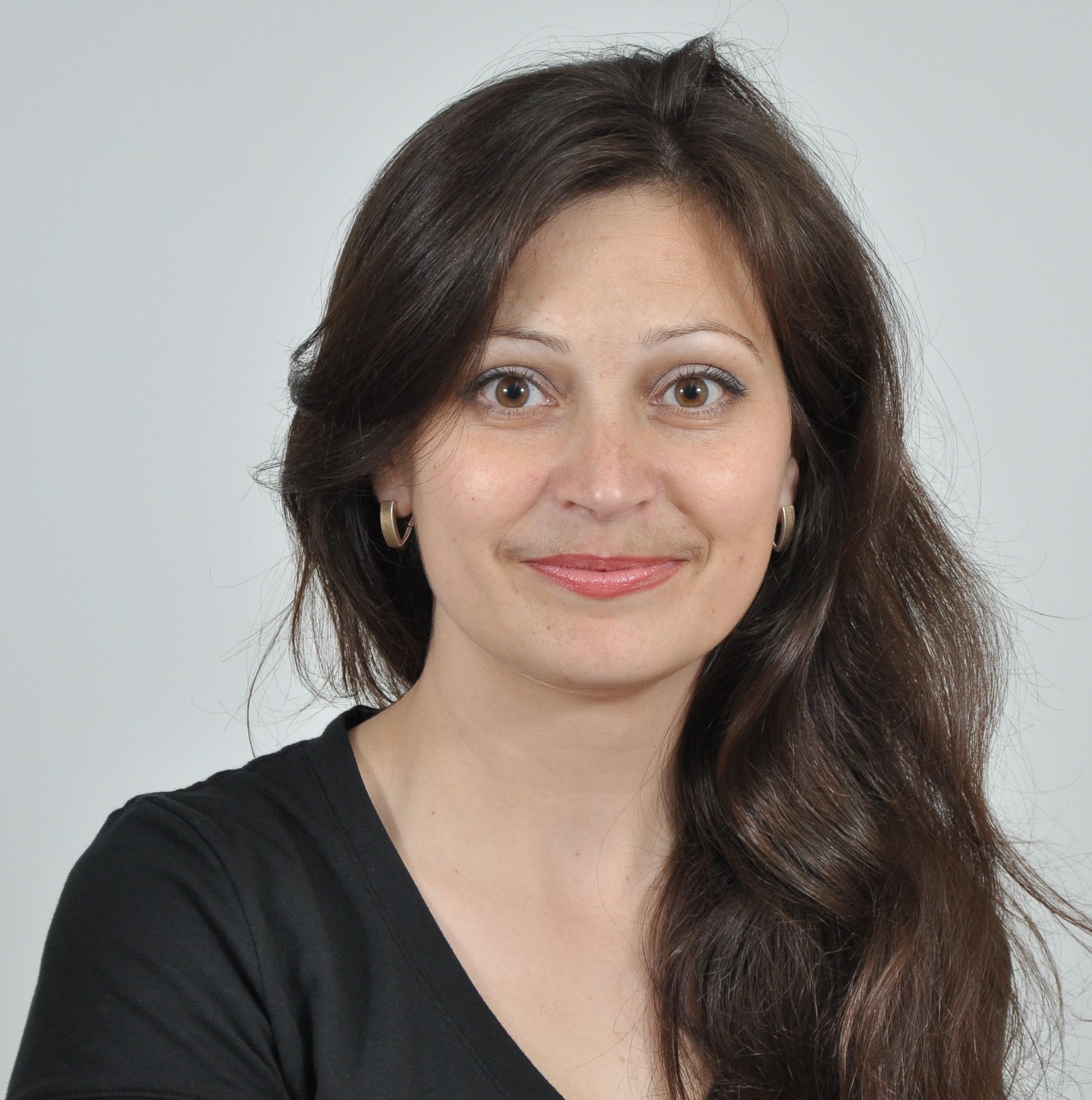 Elena Mocan - 2146